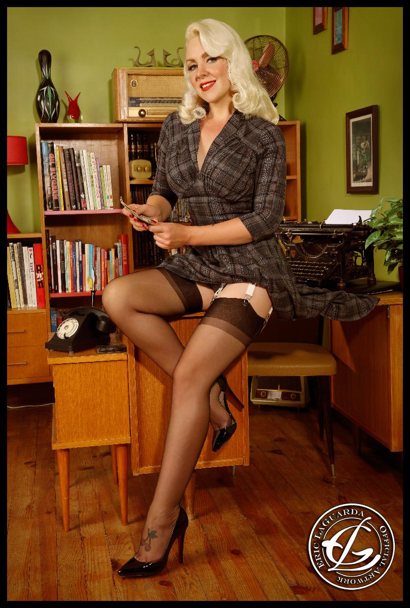 Liz Cherie, A classic secretary