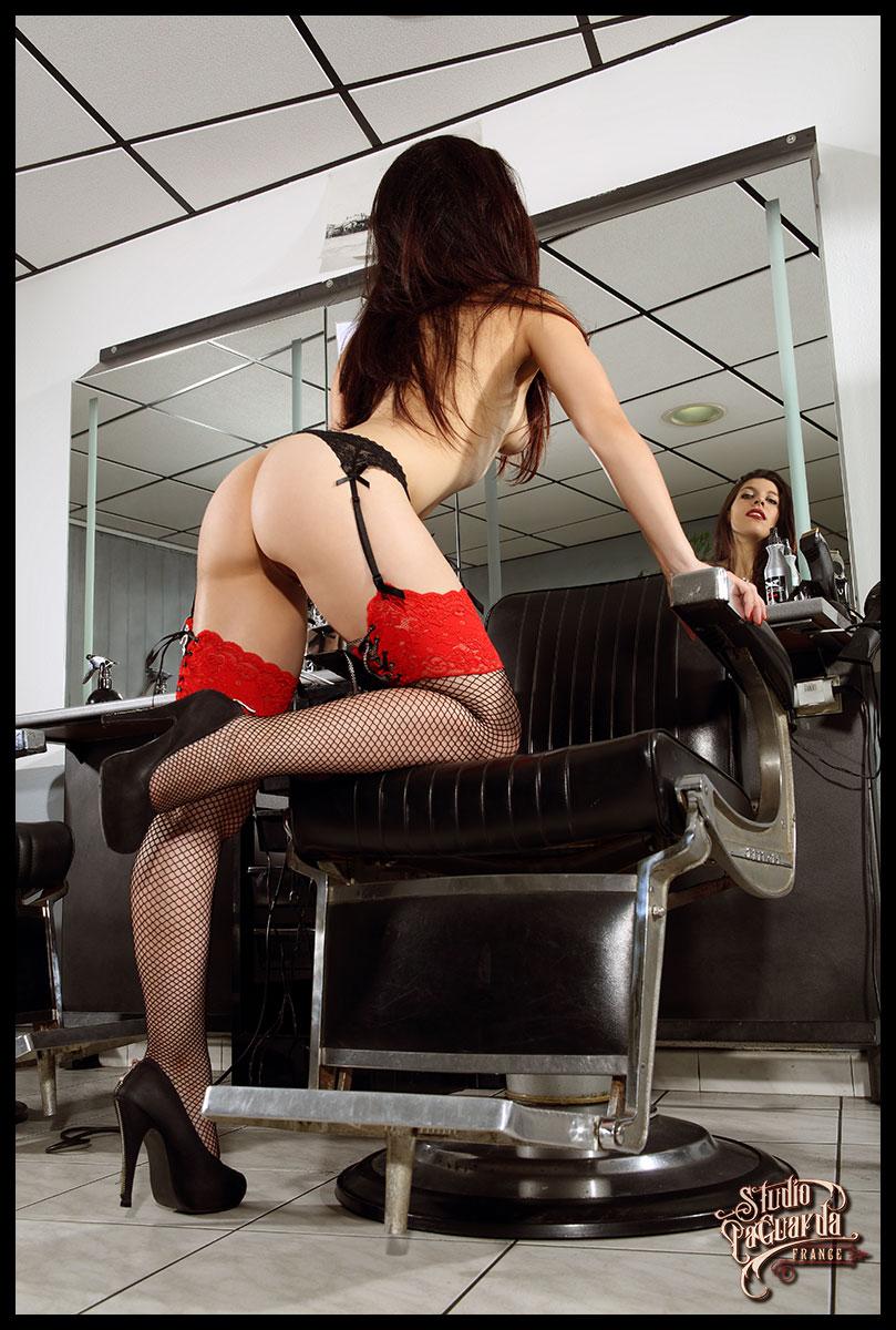 Tirage Toile Barber shop girl