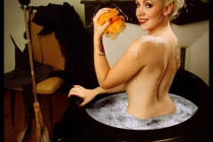 Liz Cherie, Halloween bath