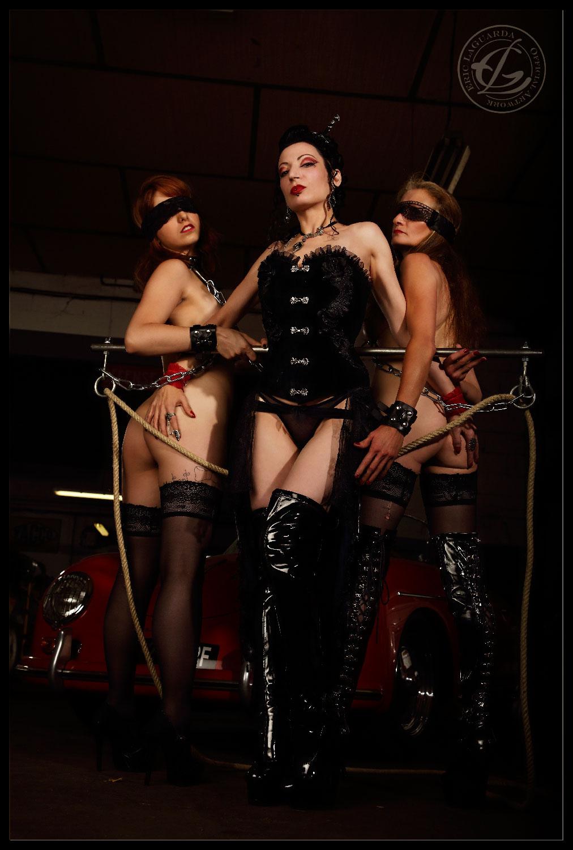 Blackhands trio